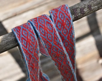 Plant dyed tablet woven trim, dyed with madder and woad