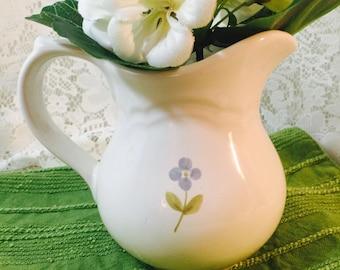 Vintage Pfaltzgraff Garland Creamer - Pitcher - Stoneware