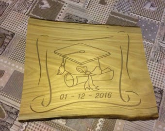 Fluorescent graduation gift to commemorate important moments.