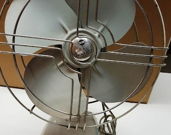 Vintage 1950s Knapp-Monarch Jack Frost Oscillating Fan