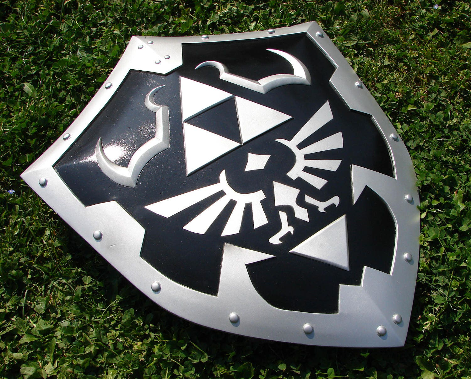 Amazing Hylian Shield Template Gallery - Examples Professional ...
