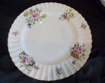 "Royal Worcester Roanoke Cream 10.5"" Dinner Plate"