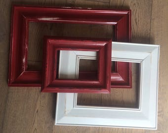 Thick frame set, distressed, white & red.