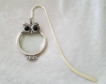 Owl Hold that for You, Owl Bookmark, Metal Bookmark, Magnifying Glass, Magnifying Glass Bookmark, Shepard's Hook Bookmark, Charm Bookmark