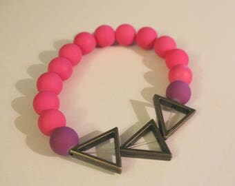 Triangle and Hot Pink Beaded Stretch Bracelet