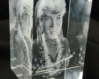 Elvis glass block paperweight with 3D-Laser-Gravur Presley Aloha from Hawaii