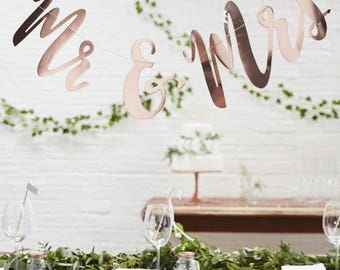 Rose Gold Mr & Mrs Backdrop, Rose Gold Wedding Bunting, Wedding Bunting, Rose Gold Wedding Decor, Mr and Mrs Bunting