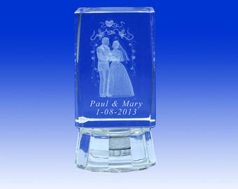 12 pcs  3D Crystal Wedding Favors with Engraving inside the crystal 3C002L