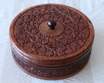 Wooden Round Jewellery Box - Large Sized