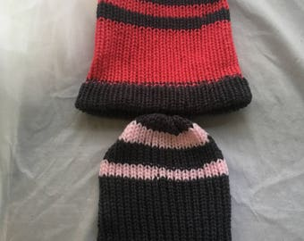 KaneCrafted 2 girls knitted beanie style hat