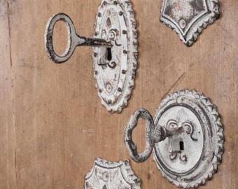 Vintage Key Metal Hooks~Set of 4