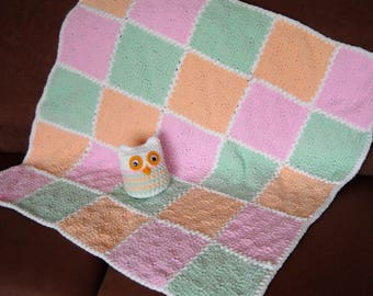 Lovely Handmade Child Care Super Soft Baby Blanket Pastel Color Squares with Small Toy