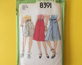 Vintage Pattern - Simplicity 8391 Misses' Culottes & Skirt