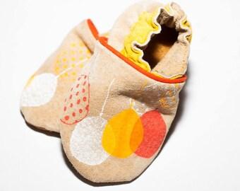 handmade slippers t.18 yellow balloons