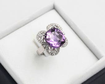 18kt white gold ring with amethyst and diamonds, handcrafted