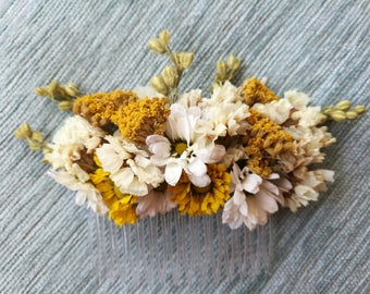 Beautiful meadow style dried flower large hair comb. Bridal, garden party, natural, rustic hair.