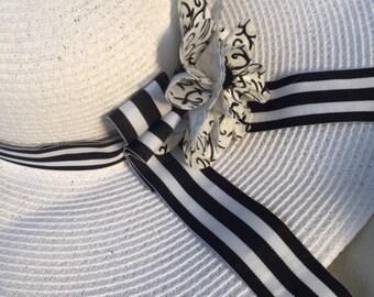 Eloise - Black & White Sun Hat    A1