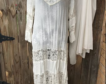 Vintage Wedding Lace White gown with Cape beaded long Sleep wear lingerie