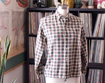 1950s vintage BOYS shirt with medallion novelty print cotton barkcloth . McGregor boys shirt, tag size 16 - SEE MEASUREMENTS