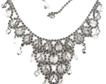 Extraordinary Hattie Carnegie Dripping Bib Necklace