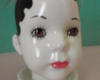 Amy doll head planter