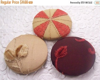 CLEARANCE - Beige buttons, rust buttons,  fabric covered buttons , embroidered buttons, size 75 buttons