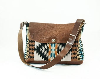 Free Shipping! Messenger Bag-Rancho Arroyo pattern in Rust