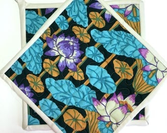 Water Lilies Potholders Hotpads set of 2 Quilted Kitchen Cooking Handmade Kaffe