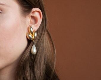 leaf pearl drop earrings / gold drop earrings / 1464a