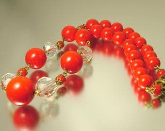 Vintage/ estate 1940s/ 50s kitsch, retro, bright red glass bead, crystal, costume necklace - jewelry jewellery UK seller