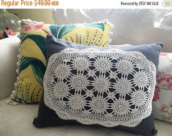 BIG SALE - Linen & Lace Pillow - Slate Gray Linen Doily Pillow - Vintage  Modern Decor Pillow