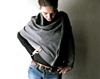 Grey poncho, Wool poncho, Felt poncho, Wool cape, Wool cloak, Grey shawl, Winter clothes, Plus size clothing, maternity clothes, Boho poncho