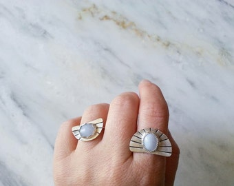 no. 637 - sterling silver and lace agate ring