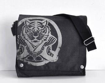 Year of tiger Canvas Messenger Bag