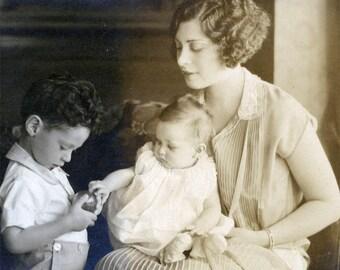 vintage photo Flapper Mother Beauty Baby Boy Sidney V Webb UC Berkeley CA photographer
