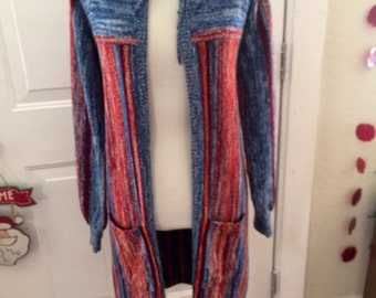 Amazing vintage 1970's/80's womens long boho/hippie sweater. Size small/med