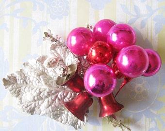 Festive Christmas Fun...Cute Vintage Holiday Ornament Bundle