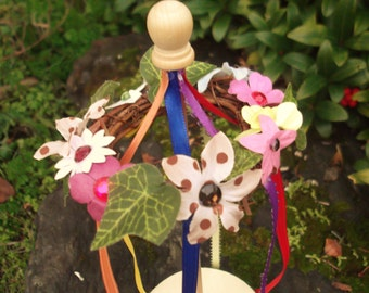 BeltaneTabletop Maypole Box with ribbons and flower circlet