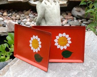 SALE-FREE SHIPPING-Vintage Pair Japan Viking Alcohol Proof Orange Trays with Sunflower/Daisy-Barware-Decor Tray-Entertaining-Retro-Mod-Boho