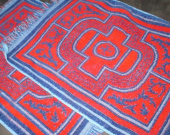 Vintage MOD 60s Red and Blue Geometric French Provencial Guest Hand Towels Towel