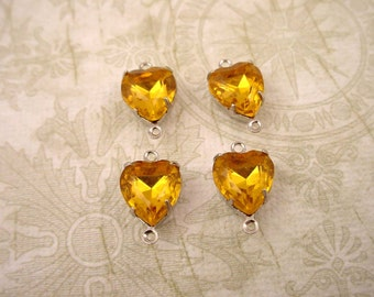 4 vintage glass  heart citrine light topaz  Prong connectors silver Settings 2 Ring close Backs charms 10mm