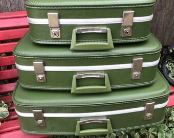Vintage Retro 3 Piece 1970s Era Luggage Suitcase Avocado Green Color