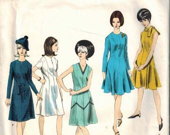 1960s Vogue Basic Dress Retro Mod Sewing Pattern Vintage 1545 Size 10