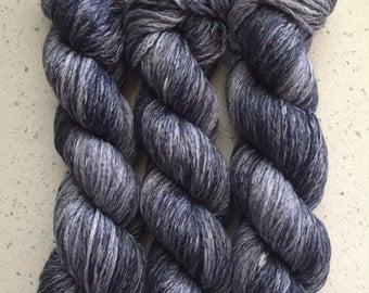 Blue Chainette Worsted Weight Merino Yarn