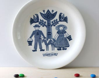 RESERVED for RACHEL   Middelburg. Dutch Folklore collectible plate by Royal Sphinx Maastricht. Made in Holland.