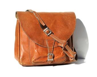 Vintage Men's Peach Brandy Brown Heavy Leather Briefcase Bag