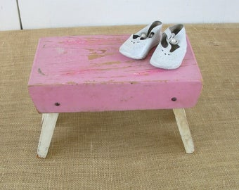 Vintage Pink Stool, Wood Stool, Vintage Bench, Shabby Cottage Chic Stool, Vintage Pink Ottoman, Shabby Cottage Chic Bench,