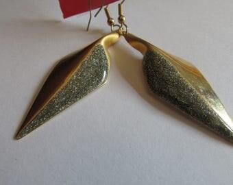 Diamond dust leafs