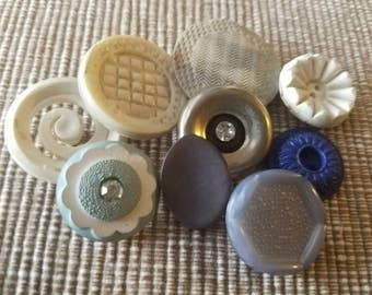 Vintage Buttons - Cottage chic lot of 9 pastel old and sweet(  mar 39 17)