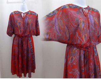 Vintage 70s Dress size M L Red Paisley Disco Dolman Sleeve Boho Jersey 80s